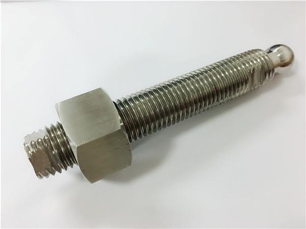 egyedi CNC marás rozsdamentes acél gömbfejű csavarral és rögzítővel