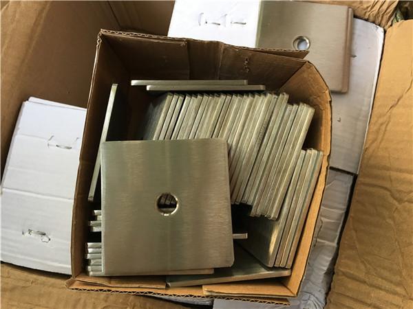 testreszabott szuper duplex s32205 (f60) rozsdamentes acél négyzet alakú lemezmosó / rögzítőelem